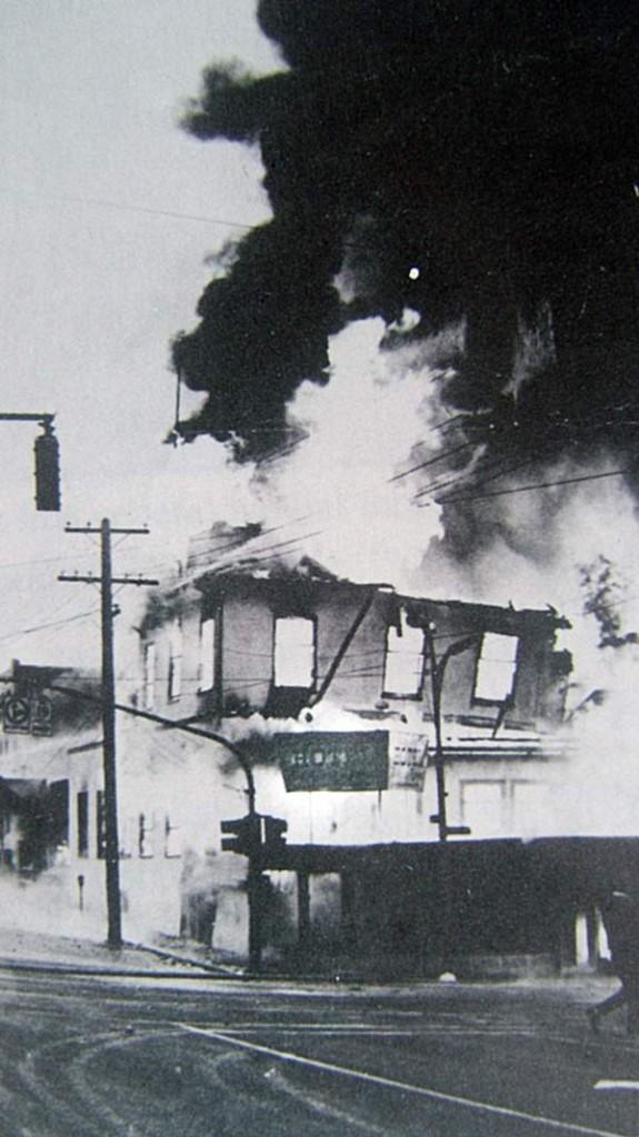 Riverside-Hotel-Fire