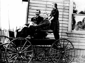 cyril-burns-with-dad-in-wagon
